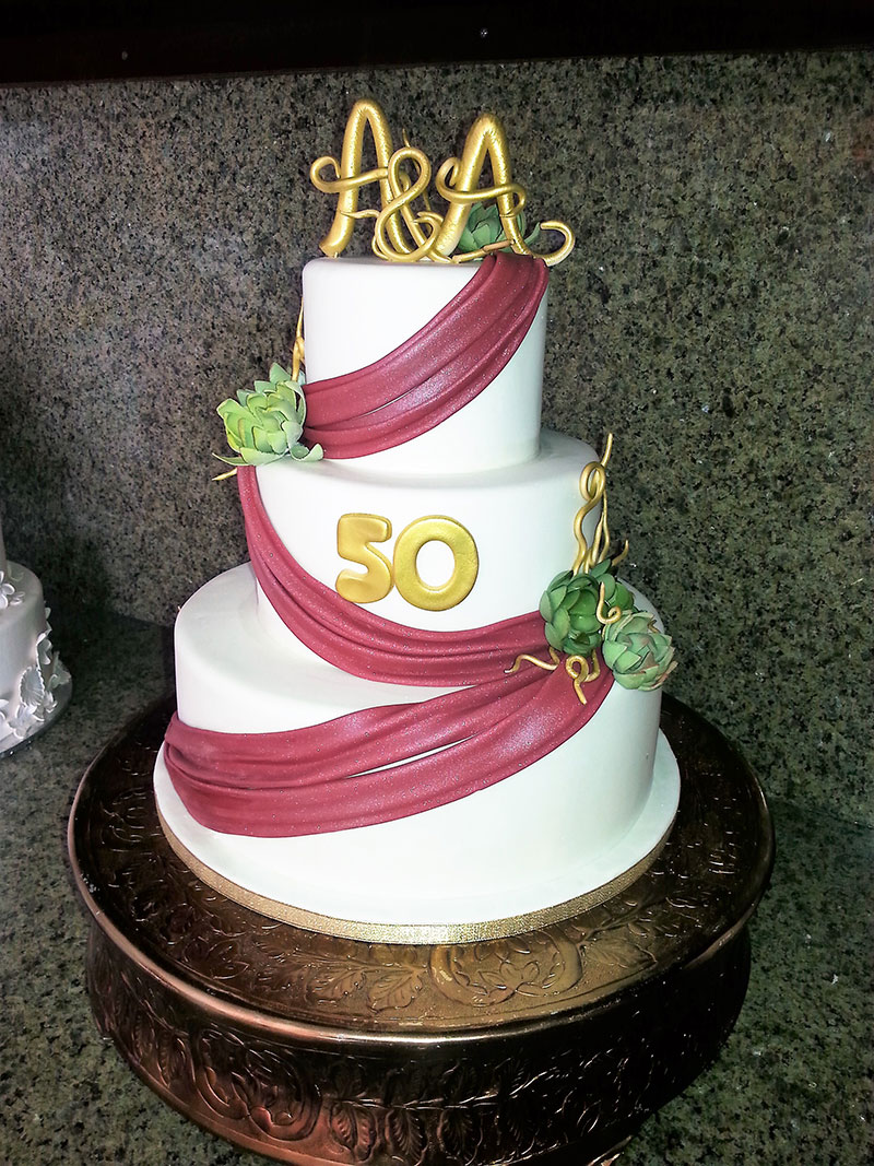 Exquisite Desserts Wedding Cakes And Bakery Kue By Hbahar Pal Anniversary